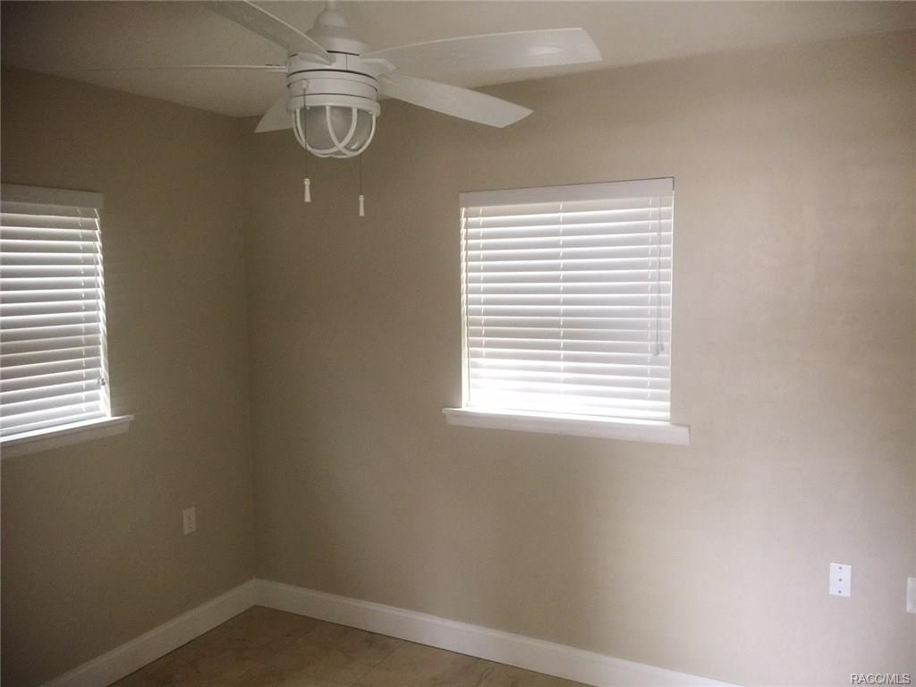 10302 W Port Court, Homosassa, Florida 34448